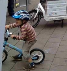 kleiner Junge Auftakt Stadtradeln Foto Schruck