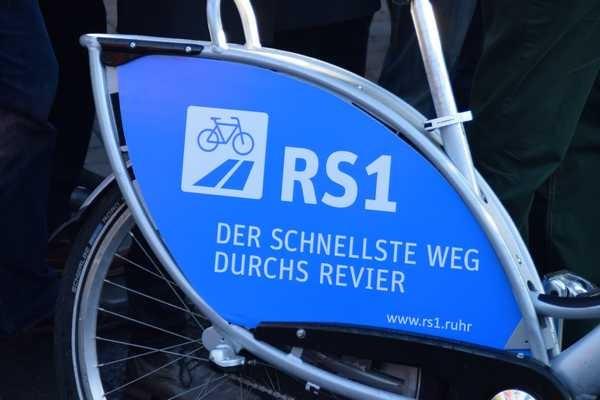 00 Schild auf Nextbike Eröffnung RS1 E-MH 2015-11-27 Foto Schruck DSC_0031